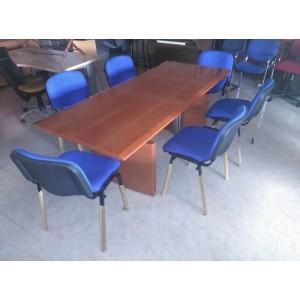 Mesa de reuniones rectangular